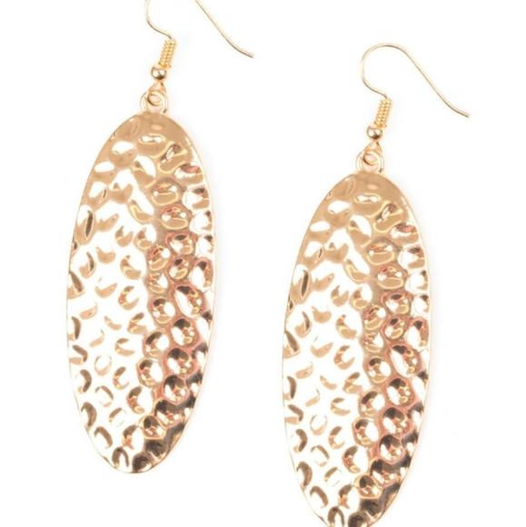💎3/$15 dangle earrings